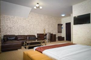 Astra Hotel Reviews