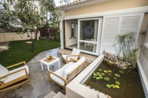 Kalamaki Residence, Holiday homes  Kato Galatas - big - 32