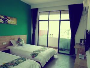 Weizhou Island Sunshine Hotel