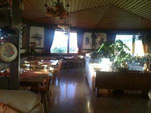 Aqua Reiki Ski Hotel Klippitz Nordost, Отели  Reichenfels - big - 67