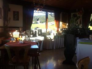 Aqua Reiki Ski Hotel Klippitz Nordost, Отели  Reichenfels - big - 53