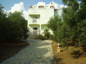 Apartments Andela