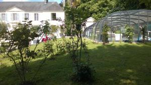 Demeure de Villiers, Bed and Breakfasts  Coudeville - big - 43