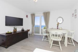 Apartment Skroza 2