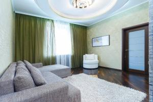 Апартаменты Центральные на Свердлова - фото 1