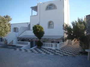 Tonaras Villas(Perivolos)