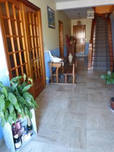 Entre Vignes Et Marais, Privatzimmer  Vert-la-Gravelle - big - 16