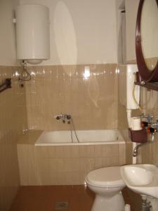 Apartment Ljubica, Apartmanok  Herceg Novi - big - 5