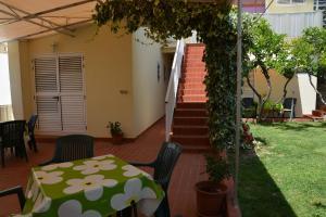 Apartments Gareta