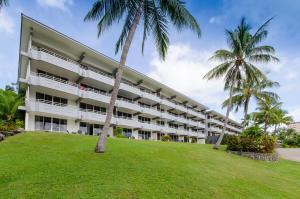 Fully Renovated Frangipani Beach Front Apartments
