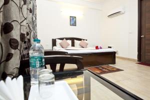 Discount OYO Rooms Noida Electronic City