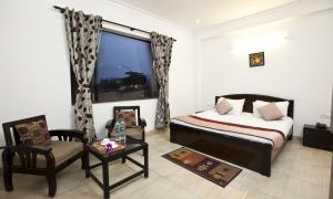 Review OYO Rooms Noida Electronic City