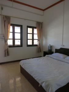 Jennida Guesthouse, Hajók  Muangphonszavan - big - 13