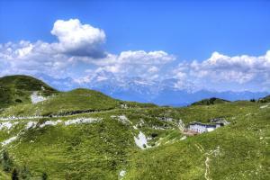 Litostrojska koča Soriška planina Bohinj