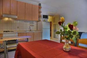 Apartment Aldo Split, Apartmanok  Split - big - 6