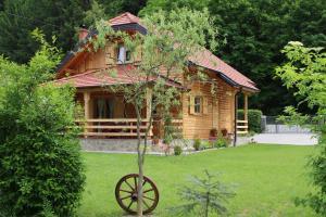 Drvena Hi�ica