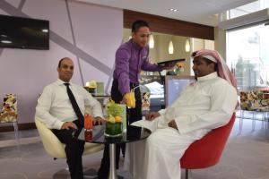 Novotel Suites Riyadh Dyar, Hotel  Riyad - big - 45