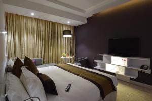 Novotel Suites Riyadh Dyar, Hotel  Riyad - big - 2