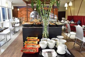 Novotel Suites Riyadh Dyar, Hotel  Riyad - big - 42
