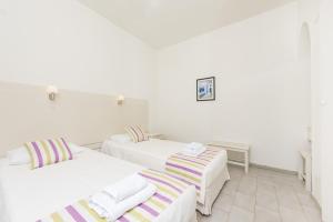 Nissos Thira, Hotels  Fira - big - 5
