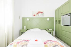 Nissos Thira, Hotels  Fira - big - 19
