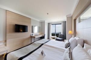 Ramada Resort Bodrum, Hotel  Bitez - big - 47