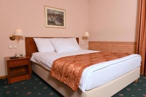 Hotel Glam, Отели  Скопье - big - 35