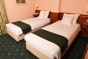 Hotel Glam, Отели  Скопье - big - 16