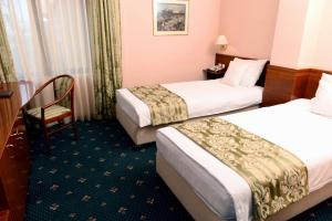 Hotel Glam, Отели  Скопье - big - 15