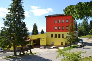 3 star pensiune Penzión Štrba Tatranska Strba Slovacia