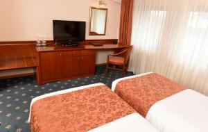 Hotel Glam, Отели  Скопье - big - 23