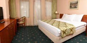 Hotel Glam, Отели  Скопье - big - 27