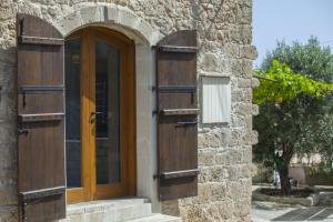 Mesogi Stone Cottage