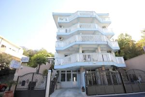 Apartments Perovic