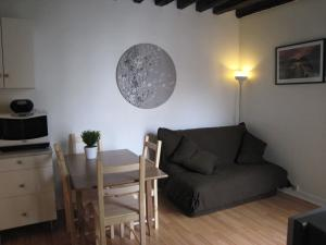 Apartment Francs Bourgeois