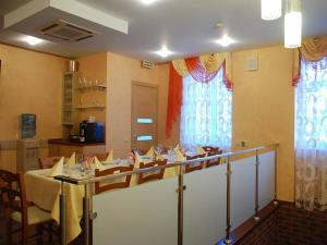 Hotel Bravo Lux, Hotels  Samara - big - 21