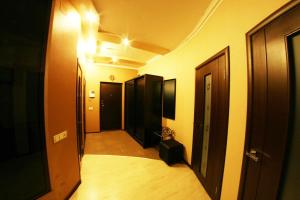 Апартаменты АКВ на Аль-Фараби, 7-3 - фото 4
