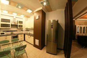 Апартаменты АКВ на Аль-Фараби, 7-3 - фото 8