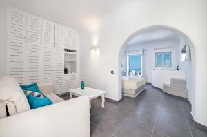 Unique Suites(Imerovigli)