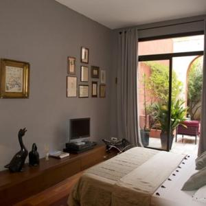 Les Chambres de l'Abbaye, Bed and Breakfasts  Marseille - big - 8