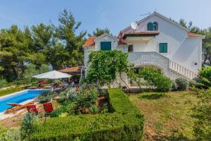 Holiday Home Kamenica, Dovolenkové domy  Mirce - big - 19