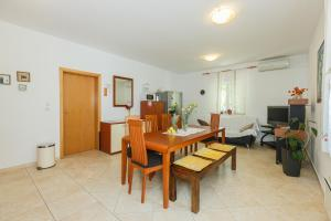 Holiday Home Kamenica, Dovolenkové domy  Mirce - big - 21