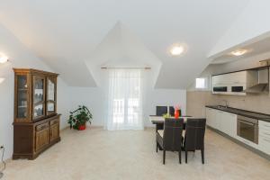 Holiday Home Kamenica, Dovolenkové domy  Mirce - big - 36