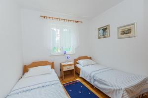 Holiday Home Kamenica, Dovolenkové domy  Mirce - big - 44