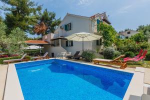 Holiday Home Kamenica, Dovolenkové domy  Mirce - big - 49