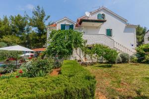 Holiday Home Kamenica, Dovolenkové domy  Mirce - big - 52