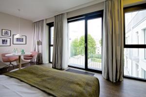 Style M Apartment