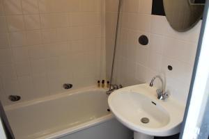 Duplex 4 Personnes, Appartamenti  Sangatte - big - 4