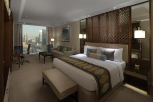 Family King Room With City View