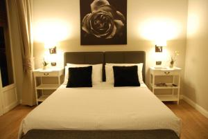 A-HOTEL.com - B&B Maxim, Bed and breakfast, Palermo, Italy ...